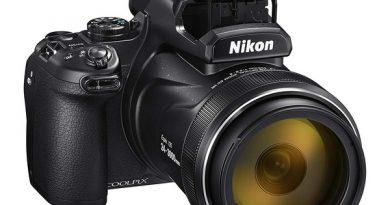 Камера Nikon Coolpix P1000 с гигантским зумом