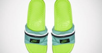 Сланцы Nike Benassi с кармашком на молнии