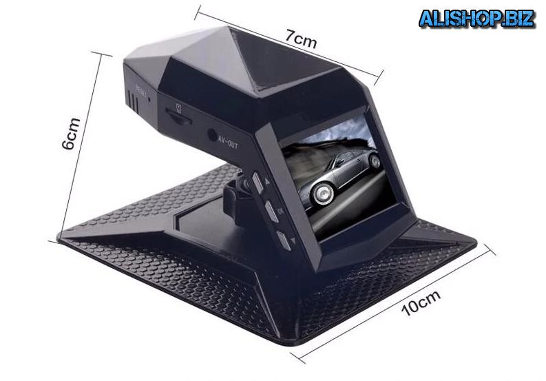 Мини автомобильный видеорегистратор с подножкой для крепления на панель автомобиля