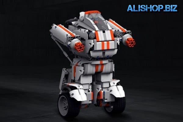 Игрушечный робот-трансформер от Xiaomi