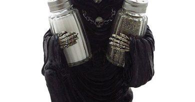 Подставка для солонки и перечницы в виде Мрачного Жреца