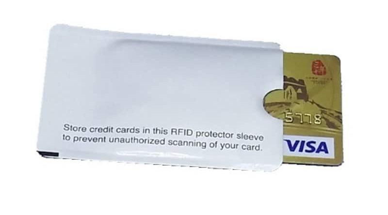 Экранированный пакетик для защиты бесконтактных пластиковых карт