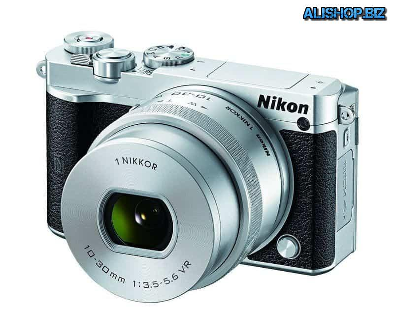 The Mirrorless Nikon 1 J5