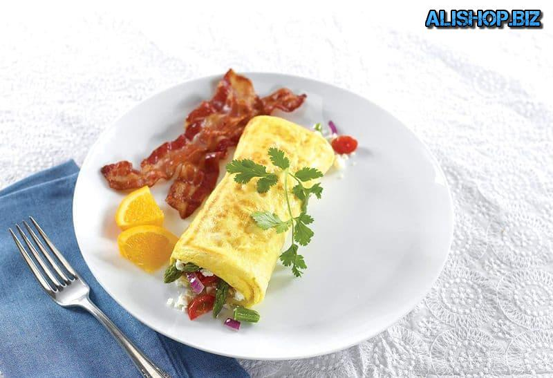 Pan for cooking omelets non-stick coating