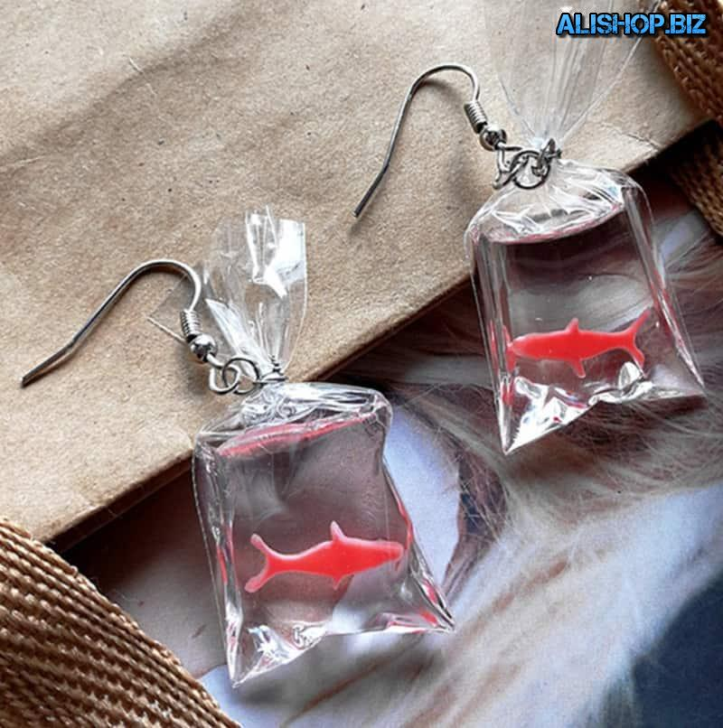 Earrings with fish