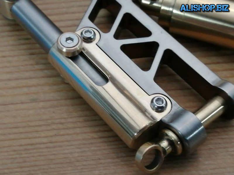 Титановый карабин от EDC Apparatus