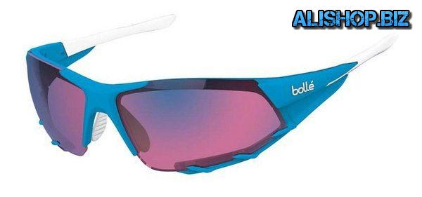 Cycling sunglasses with photochromic lenses Bolle Breakway