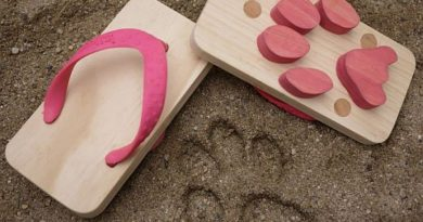 Пляжные сандалии Ashiato