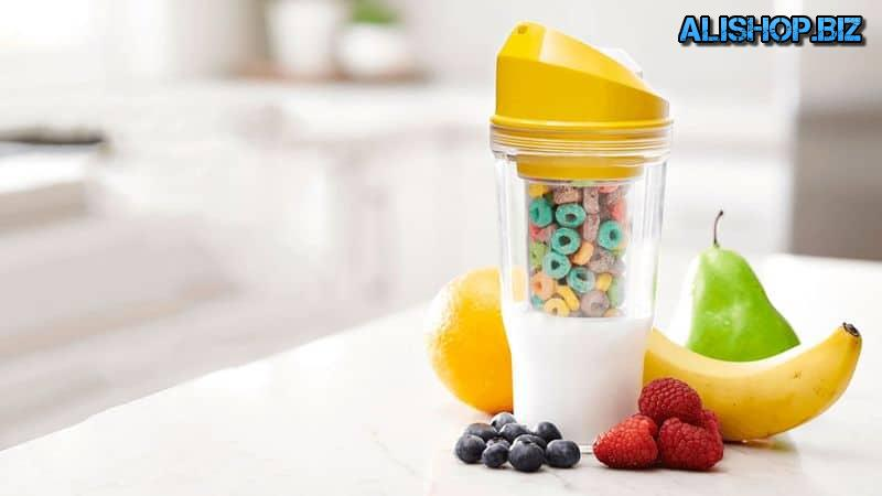 Portable glass to prepare a healthy Breakfast CrunchCup