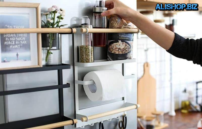 Magnetic organizer for refrigerator