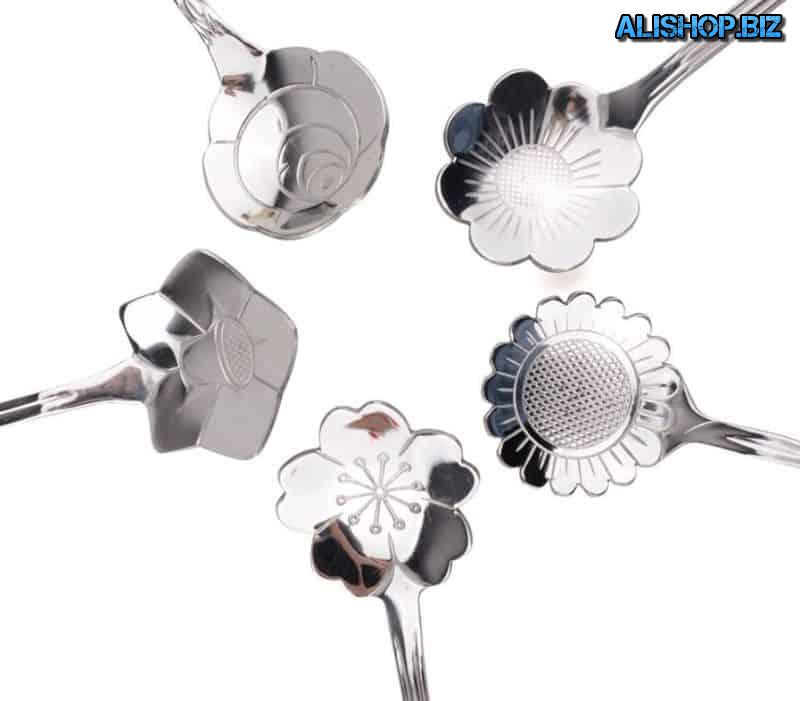 "Set ""floral"" teaspoons of steel"