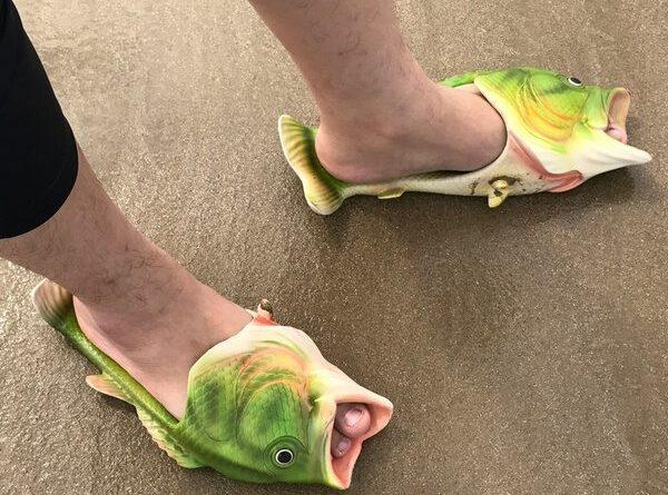 Пляжные тапки в виде рыб